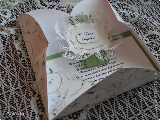Здравствуйте, дорогие мастерицы! Сегодня хочу показать шкатулку и открытку. Молодожены очень молодые, поэтому цветовая гамма нежно-зеленая.  фото 7
