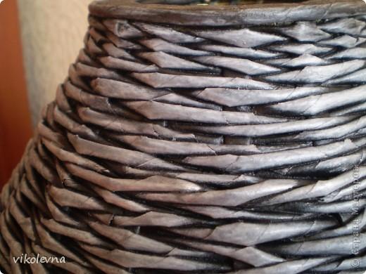 """всем привет.вот сделала плетенки для дачи.корзинка из рекламок магазина """"пятерочка"""".на дне декупаж салфеткой. фото 10"""