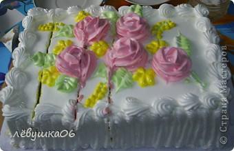 """решила похвастаться-какую вкуснятинку мы едим) тортики сделаны на заказ по нашему эскизу -сынишка уж очень любит """"Тачки"""" фото 4"""