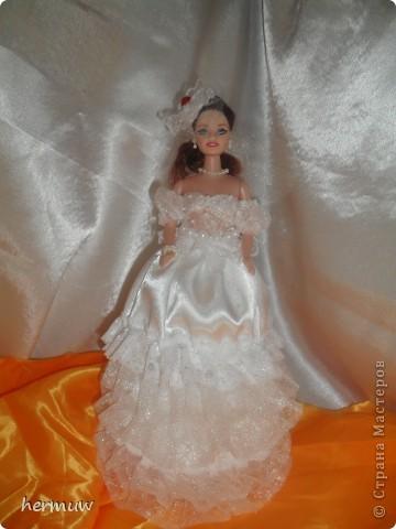 моя вторая кукла,невеста давно мечтала её сделать ждала пока муж подарит швейную машинку и вот наконец то )))))))) фото 1