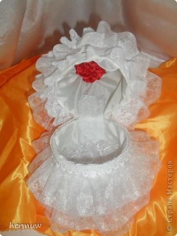 моя вторая кукла,невеста давно мечтала её сделать ждала пока муж подарит швейную машинку и вот наконец то )))))))) фото 7