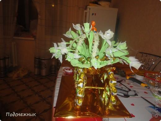 Карета с подснежниками, подаренная в преддверии весны этого года фото 2