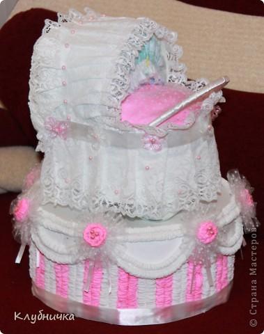 Вот такой у меня получился тортик из памперсов фото 2