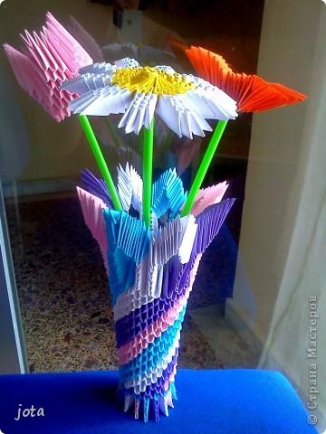 Здесь МК тюльпаны http://stranamasterov.ru/technics/tulips ромашки http://stranamasterov.ru/node/47509 ваза МК http://stranamasterov.ru/node/124380 фото 2