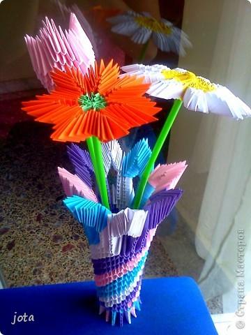 Здесь МК тюльпаны http://stranamasterov.ru/technics/tulips ромашки http://stranamasterov.ru/node/47509 ваза МК http://stranamasterov.ru/node/124380 фото 1