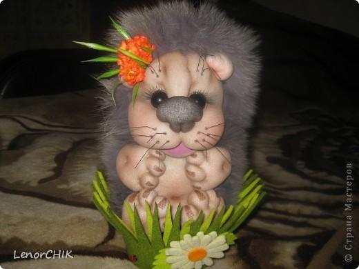 Ура!!! Наконец-то я сшила себе ёжика-повторюшку по мотивам кукол Елены Лаврентьевой.Огромное спасибо ей за идею!!! фото 1