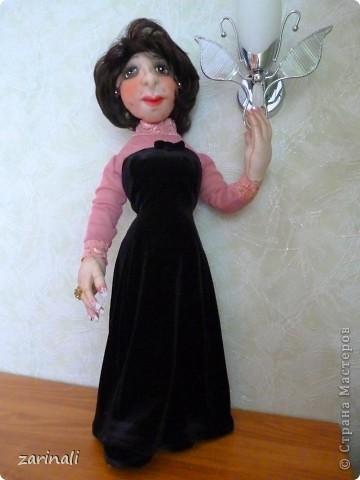 Сделала подруге в подарок куклу. Не претендуя на портретное сходство( в силу своей неопытности), всё таки хотелось хоть какой то похожести. Поэтому -глаза карие, фото 3