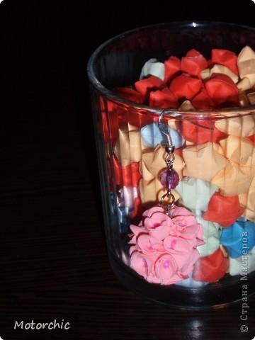 Давно мне хотелось налепить что-то из детского теста для лепки, которое лежало и манило к себе=) И вот почему-то меня потянуло слепить цветочки, хотя я прекрасно знала, что они обязательно будут корявыми=) Но, против желания не попрешь: сказано - сделано! фото 3