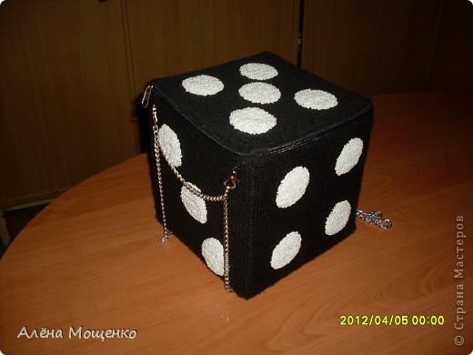 сделала несколько лет назад вот такую сумочку, добралась до фотоаппарата, решила выложить на всеобщее обозрение :) фото 1