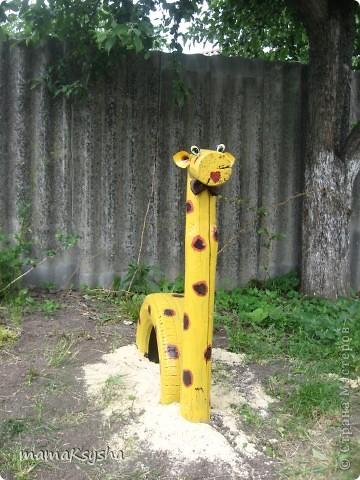 а у нас во дворе появились вот такие жирафики фото 3
