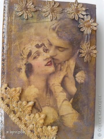 обложка книги- де купаж-распечатка на фольге ,состаривание,акрил.краски. фото 7