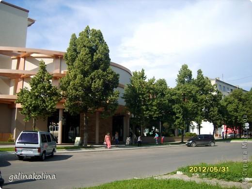 По календарю вчера наступило лето,а я хочу показать вам,дорогие девочки,каким был последний день весны этого,2012 года,в моём родном городе,в Тирасполе.  фото 5