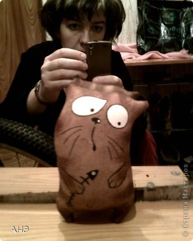 Пошились еще в прошлом, 2011 году (год кота или кролики) вот такие сувениры на работу. Первая моя проба шить кофейные игрушки. фото 6