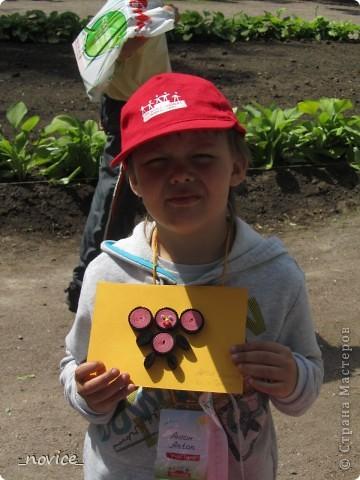 Сегодня в Нескучном саду прошло завершение Игр победителей 2012 . Как и в прошлом году,  мы с детьми пробовали создавать забавные поделки из гофрокартона фото 4