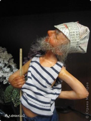 """После тяжкой работы в саду задумался вот такой дедок """"садо""""-мазохист фото 7"""