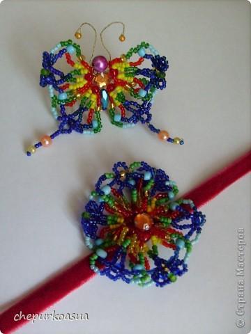 """Мой комплект состоит из кольца """"Бабочка"""" и колье """"Цветок"""". Сделала его еще год назад из бисера и проволоки. фото 1"""