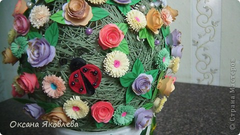 Вот такой куст состаящий из роз и маргариток мы подарили нашей воспитательнице на день рождения!!!! фото 3