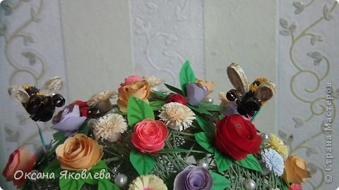 Вот такой куст состаящий из роз и маргариток мы подарили нашей воспитательнице на день рождения!!!! фото 6