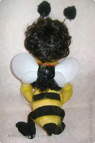 Давно хотела сделать пчелку, как  получилась, судить вам. фото 6