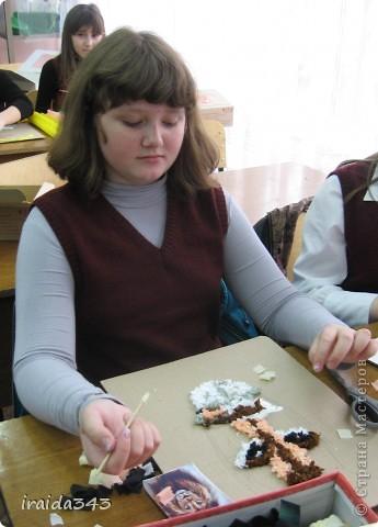 В этом учебном году панно в технике торцевания выполнял каждый ученик индивидуально  (раньше это были групповые работы) фото 4