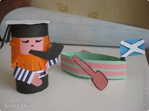 Основа - рулон от туалетной бумаги. фото 1