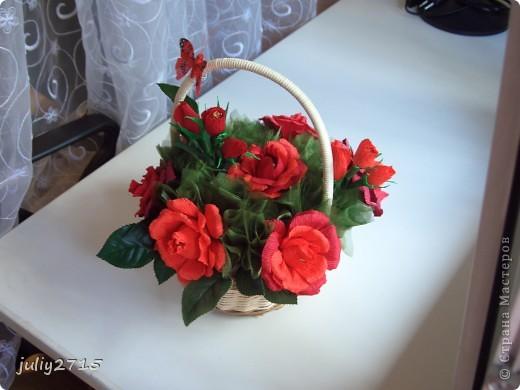 Сделала корзинку в красных тонах, это не потому что люблю красный, просто другого цвета не было. фото 3