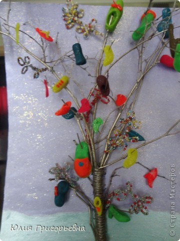 Это дерево из газетных трубочек мы с сынулей сделали на конкурс в школу фото 2