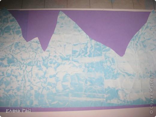 Идея не моя, но решила показать  поэтапность выполнения такой работы, вдруг кому пригодится)) Нам нужен: Картон (для основы), цв. бумага, клей, ножницы, краска, губка (например, для мытья посуды) фото 6