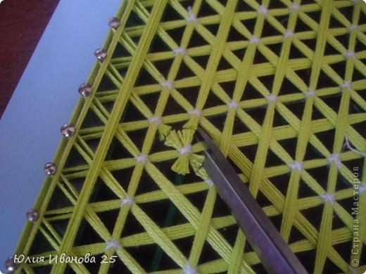 Мастер-класс Плетение Плетеная салфетка на деревянной рамке Нитки фото 25