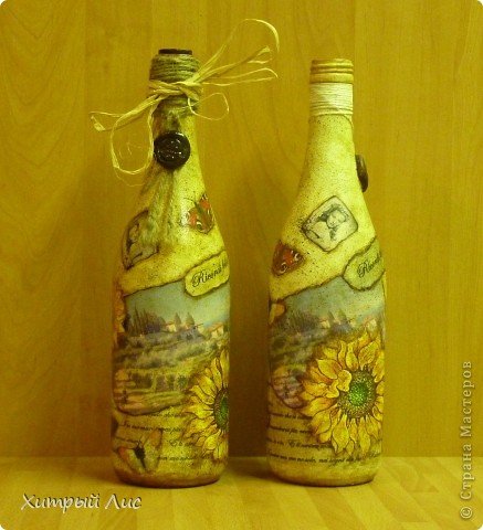 Доброго времени суток, дорогие мастера! Эти бутылки созданы на заказ. Попросили сделать в стиле 40-вых с итальянским оттенком.  А у меня получилось все наоборот! :) фото 1