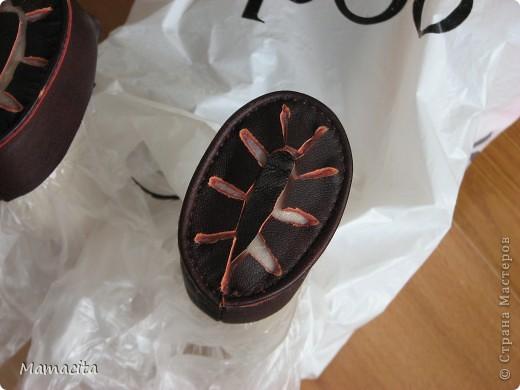Игрушка Мастер-класс Поделка изделие Шитьё Кожаные ботики для куклы МК Клей Кожа Ленты фото 9
