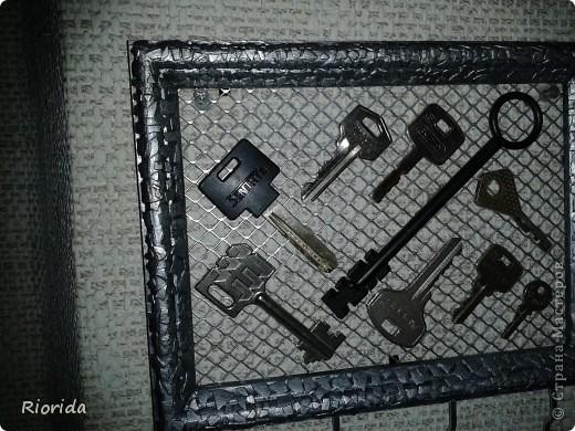 """Так мне понравились идеи, МК и советы Ольги Брусничкиной по изготовлению ключниц...  что у меня теперь вот тоже есть """"единое место для хранения и быстрого поиска ключей""""))) фото 2"""