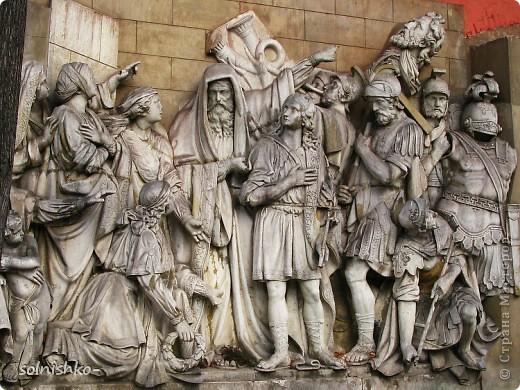 Уцелевшие горельефы со старого Храма Христа Спасителя фото 6