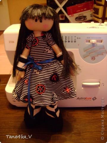 Первая моя сНежная куколка! Зовут Алиса! Одежду выбрала в морском стиле :) фото 3