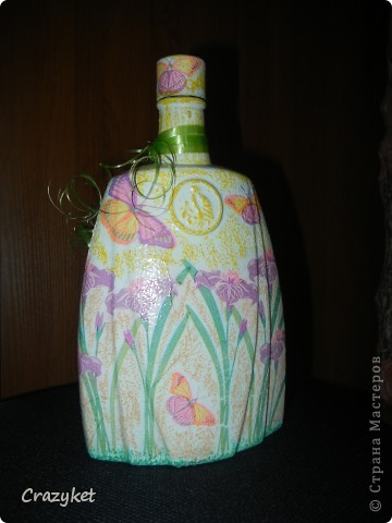 Сделала в подарок сестре (просто понравилась салфетка с бабочками и цветами)... фото 1