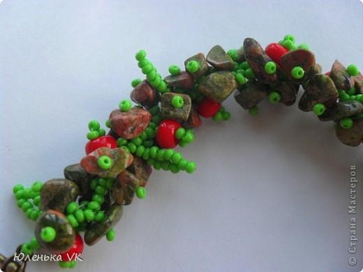 Для создания этого украшения был использован чешский бисер, чешские бусины и сколы лазурита. фото 8