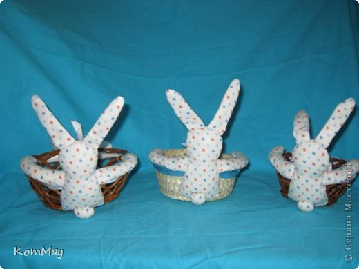 Пошились ещё мои любимые зайцы-конфетницы. Разных размеров, на любой вкус...  Для подарков друзьям...  фото 4