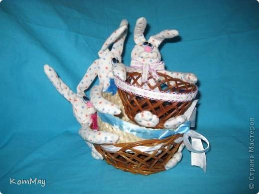 Пошились ещё мои любимые зайцы-конфетницы. Разных размеров, на любой вкус...  Для подарков друзьям...  фото 5