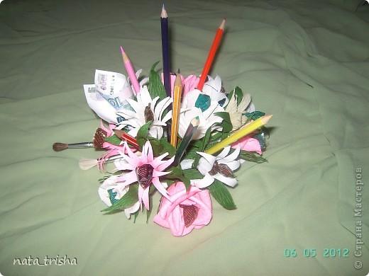 Букет из конфет (подарок художнику) фото 3