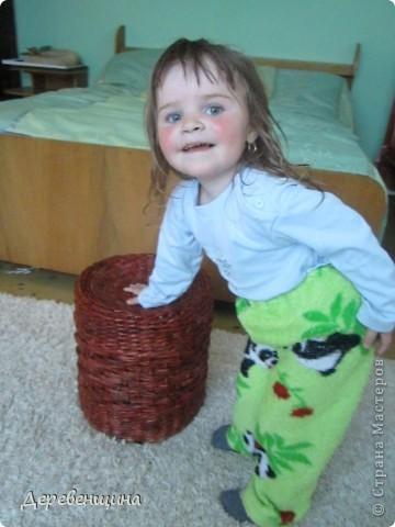 Мастер-класс Плетение ленивый табурет и грибная поляна  Трубочки бумажные фото 13