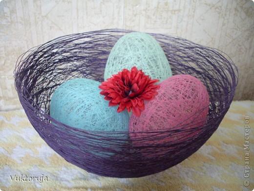 Пасхальные яйца из ниток фото 2