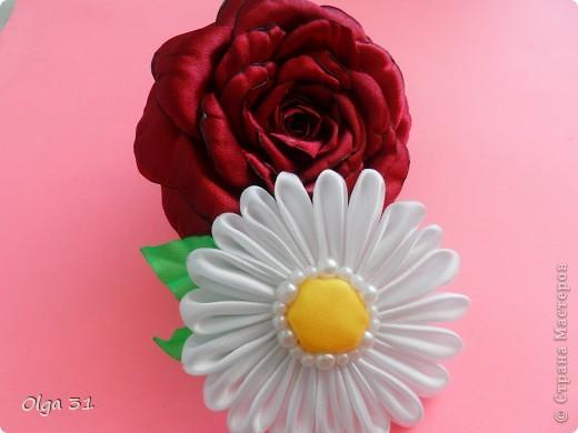 """мои очередные цветочки. Резинка для волос Роза """"БОРДО"""" и заколка РОМАШКА. фото 1"""