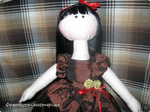 Куколка сшилась после клича, брошенного Ольгой Запоновой по СП кукол - большеножек. Рост куколки - 32 см. Ткань - лён , кружева, атласные ленты. фото 2