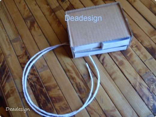 предмет для сравнения размера - конфетка материал - картон, черный картон, бумага, проволока, клей.  фото 3