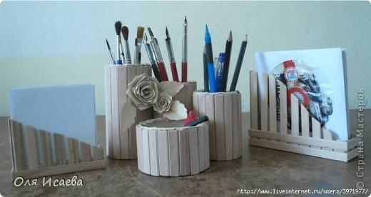 Из деревянных палочек
