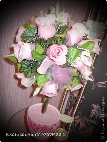 Топиарий из роз