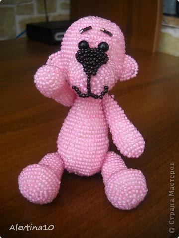 Увидела мишку на сайте biser.info (http://biser.info/node/268735) и влюбилась в него. Решила и себе такого сделать. Он только сидит, но умеет двигать лапками. Высота - 10см. фото 5