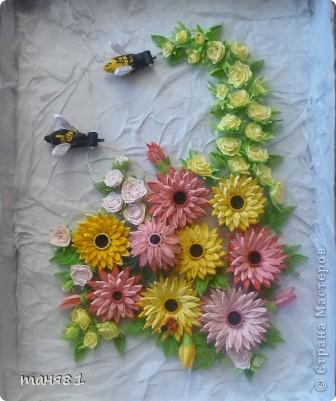 Доброго времени суток ! Сегодня у меня вот такое летнее настроение. За окном вторую неделю больше + 40... Цветет уже все, опережая природный график. И у меня появилась картина с летними цветами в подарок на День Рождение. Герберы делала по МК Ларисы Засадной. фото 1