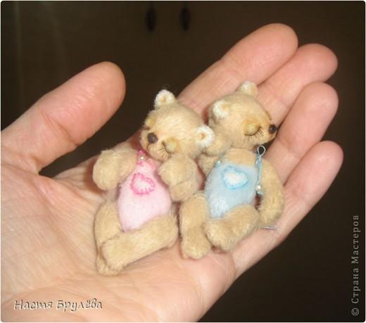 Взяла картинку с сайта(сайт ниже),просто хотела показать каких мишек можно сшить! Правда они Лапочкииии^^^