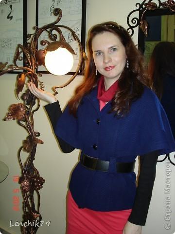 """Представляю Вашему вниманию творения замечательных мастеров увиденых мной на """"Ночи в музее"""" 19 мая 2012 года. Даже и не верится что вся эта красота из метала. Шикарный светильник и Я! фото 1"""